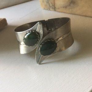 Jewelry - Pretty Vintage Bracelet